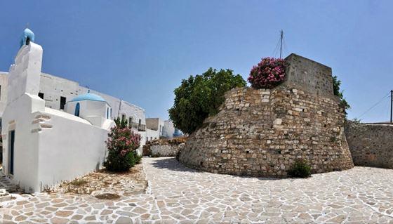 Antiparos castle